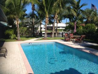 Tropical Paradise Heated Pool,dock,Near beacChabad, Fort Lauderdale