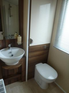 Beautfully fitted bathroom