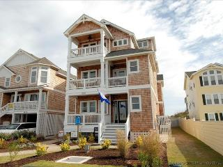 Luxurious 8 Bedroom Oceanfront in Nags Head