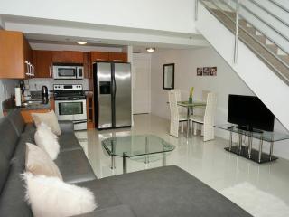 Casablanca Villas 1bed/ 1.5bath, Miami Beach