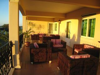 Comfortable apartment close to Tamarin beach