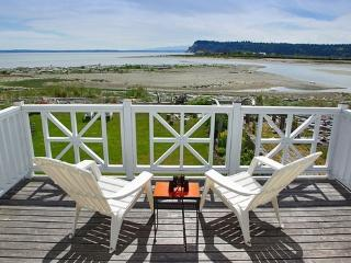 Heron's Crossing, Sunlight Beach, Whidbey--[Special Offer--Jan. 5-April 30 2018]