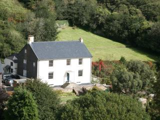 Georgian Farmhouse set in peaceful countryside, Slapton