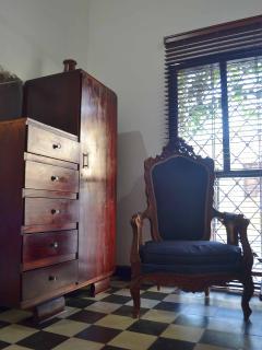 Los muebles dan un toque exquisito al estilo de la casa.