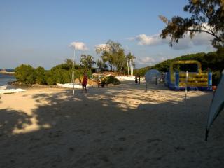 Azuri Luxury Apartment with direct beach access