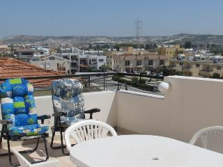 Spacious 3 bedroom penthouse apartment, Oroklini