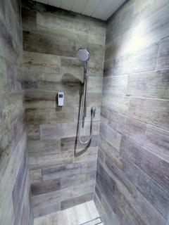 Mont Blanc walk in shower #2