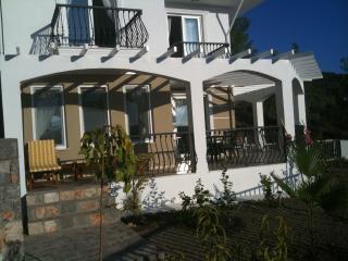 Bougain Villa, Sarigerme