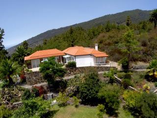 Villa Landhaus Tijarafe - Canary Island La Palma, Spain