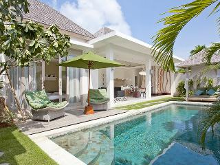 Villa Sunrise by Le Chloe Villa