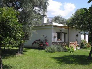Cortijo La Viana. 2 cottages with shared pool., Orgiva