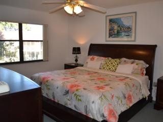 Spacious 2BR/2BA Condo. Mins from IMG & Beaches, Bradenton