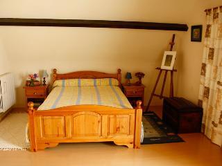 chambre spacieuse en périgord, Lalinde