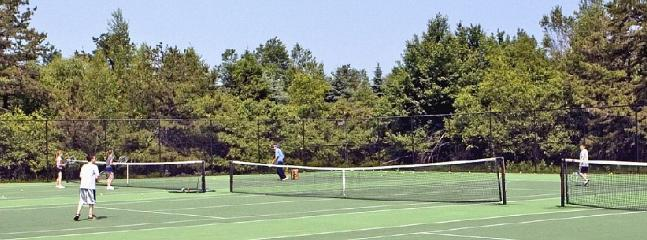 Tennis Courts (Private)