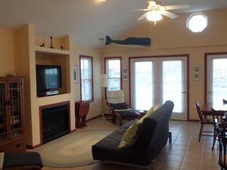 Close To Beach, Boardwalk And Rides With 2 Outdoor, Ocean City