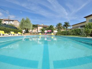 Saint Tropez Villa Pool ParkingWIFI Terrace 4 ****near beach - town pets welcome