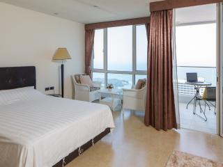 Pattaya C. The Cliff Condo. Sea View. 38m2. New.