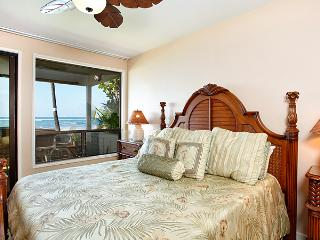 Unit 25 Ocean Front Prime Luxury 3 Bedroom Condo