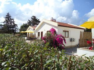 ***Camlibel Holiday Villas *** Orchid Villa***, Kyrenia