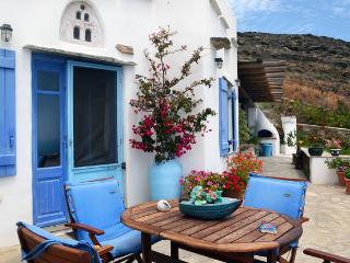 TINOS  Porto Pachia Ammos-Spacious HouseAg.Ioannis, Steni