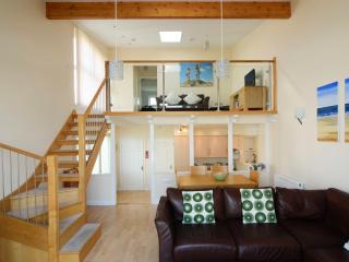 Seafront House (76B) - Golden Bay Holiday Village