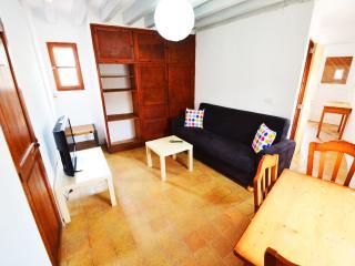 Tango, cozy penthouse with private top terrace, Palma de Mallorca