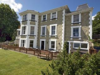 Mountbatten Garden Apartment, Shanklin