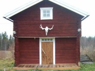 Moose Hut, Asele