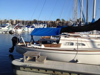 Lovely  super clean sailboat by the Beach, Marina del Rey