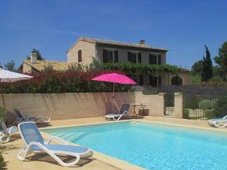 LS1-196 MENUDA in Saint Remy de Provence !