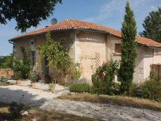 Appartment, with pool in lovely part of rural France