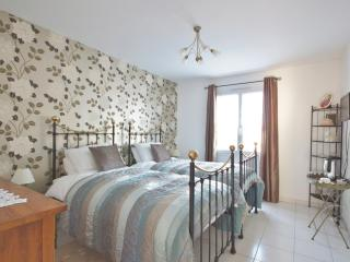 B and B,  Near Saintes/Royan - Bronze Luxury Room