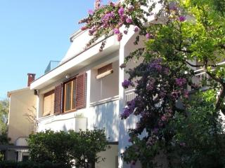 CityBeach Apartment ANNA A4, Makarska