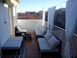 Appt-terrasse sud-ouest, 140 m², coeur de Sète