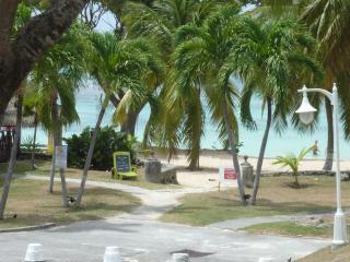 Coco Beach, Saint François