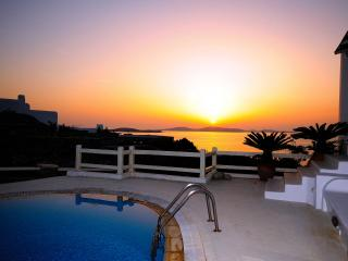 Villa Valentine amazing Sea and Sunset views, Agios Ioannis