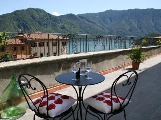 (M001) Borgo Montenero - Romantico, Mezzegra