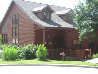 Bear Creek Cabin, Branson