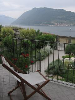 private garden and terrace with splendid lake view
