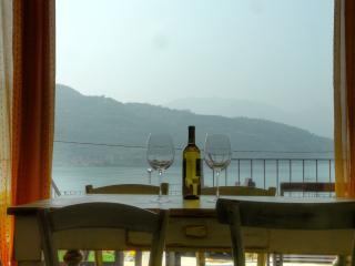 Sale Marasino with beatiful view of Iseo Lake
