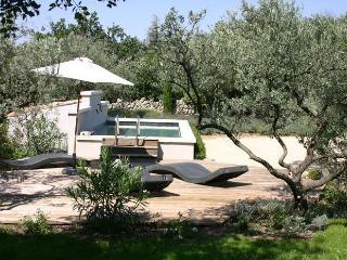 Bastide provençale typique de LS2-86 LA SOULETTE, Cabrieres-d'Avignon