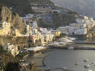 brand new show! In Amalfi there is snow