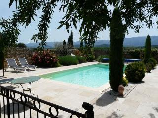 LS2-95 VIGNAREDO in the countryside of Gordes !