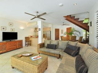 Villa Frangipani boasts large lounge area, full kitchen and dining area.