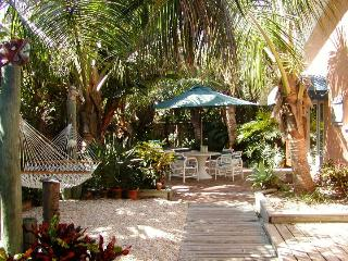 Dog & Family friendly Oceanfront Garden Villas