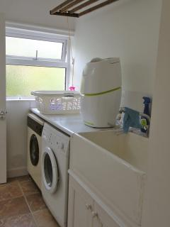 Neates House Utility room, washing machine, dryer, pulley maid and butler sink