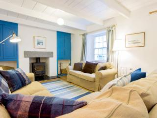 Fishermans Cottage - 100m from sea, pubs, shops, St Mawes