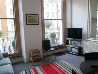 Notting Hill  1st floor flat with large terrace