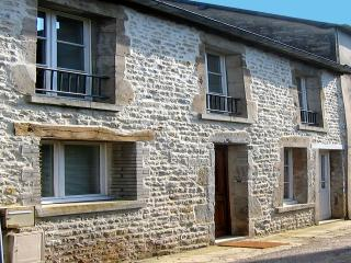 HOLIDAY COTTAGE IN THE HEART OF SAINTE MERE EGLISE, Sainte-Mère-Église