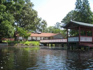 Brooks Pond House, Statesboro